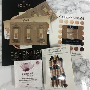 NWOT Luxury & Prestige Foundation Samples Medium